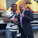 Nach Einladung von Wrestling-Legende Triple H, absolviert Tim Wiese eine Ausbildung zum Profi-Wrestler in Orlando, Florida.