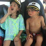 14. Juli 2016   Schiff Ahoi! Anja und Noah Ambrosio Mazur genießen Tag am Wasser und sind schon echte Seebären.