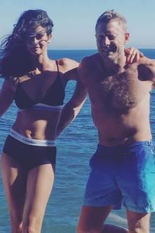 """14. August 2016  Der """"Never Ending Summer"""" geht für das Paar weiter: Auf den schönen Urlaubsfotos stört eigentlich nur die Zigarette von Lapo."""
