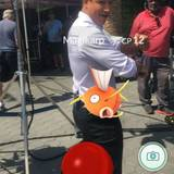 Mario Lopez fängt seine Pokémon auch gerne mal am Set.