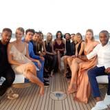 Doutzen Kroes' Mann Sunnery James (r.) zeigt seinen Followern auf Instagram, wer alles auf der Yacht mitgefeiert hat.