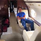 Sein Privatjet: Auch wenn nicht bekannt ist, ob es Cristianos Flieger ist, reist der Superstar selbstverständlich sehr luxuriös.