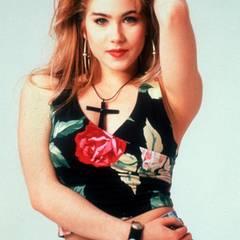 """Kelly """"Dumpfbacke"""" Bundy: Mit der Rolle der leicht debilen Tochter ist Christina Applegate weltberühmt geworden."""
