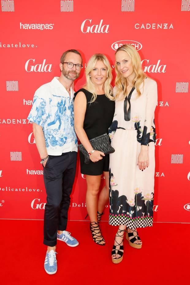 Marcus Luft, Mode-Chef GALA, Astrid Bleeker, Brand Solutions Director GALA, und Chefredakteurin Anne Meyer-Minnemann begrüßen die Gäste im Hotel Ellington Berlin.