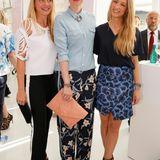 Pandora-PR-Chefin Christiane Bruszis mit Model Franziska Knuppe und Anna Lauerbach von Laurèl.