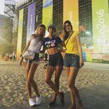 Alessandra Ambrosio freut sich riesig auf Beachvolleyball: Das Supermodel feuert natürlich Brasilien an, symapathisiert aber auch mit den USA.