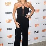 Veronica Ferres präsentiert sich während des Filmfestivals in Toronto unter anderem in diesem sexy Jumpsuit.