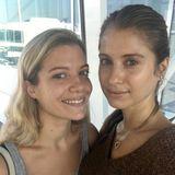 Schöne Schwestern:Gemeinsam mit ihrer jüngeren Schwester Vanessa reist Fashionista Cathy zur Fashion Week nach New York.