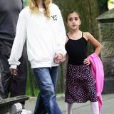 Superstar Madonna und Tochter Lourdes im Jahr 2004, unterwegs im Central Park in New York. Aus dem kleinen Mädchen ist mittlerweile eine junge Frau geworden, die ihren ganz eigenen Weg geht.