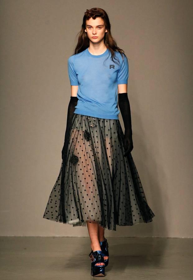 ffaaaa21674b Paris Fashion Week  Die Stars und Trends der Pariser Modewoche - S ...
