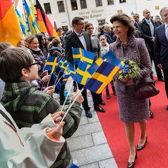 Tag 4  Silvia von Schweden freut sich über so viele freundliche Gesichter in Wittenberg.