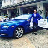 Eine Jacht auf Land: So bezeichnet Lapo Elkann das blaue Luxusungetüm von Rolls-Royce.