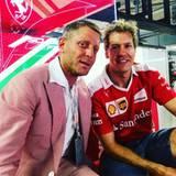 Lapo Elkann hält ein kleines Pläuschen mit Fomel-1-Star Sebastian Vettel.