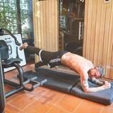 Ein eigener Fitnessraum, mit Sauna: Der sportliche Milliardär braucht nicht ins Fitnessstudio zu gehen - er hat alles in den eigenen vier Wänden.