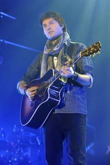 """Die zweite Staffel von """"The Voice"""" – ebenfalls im Jahr 2012 – konnte Nick Howard für sich entscheiden. Über Platz 34 in den deutschen Charts ging es für sein anschließendes Album """"My Voice Story"""" nicht hinaus."""