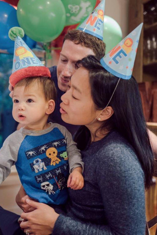 30. November 2016: Maxima Zuckerberg feiert heute ihren ersten Geburtstag. Ihre Eltern Mark Zuckerberg und Priscilla Chan sind sichtlich stolz auf ihre kleine Tochter.