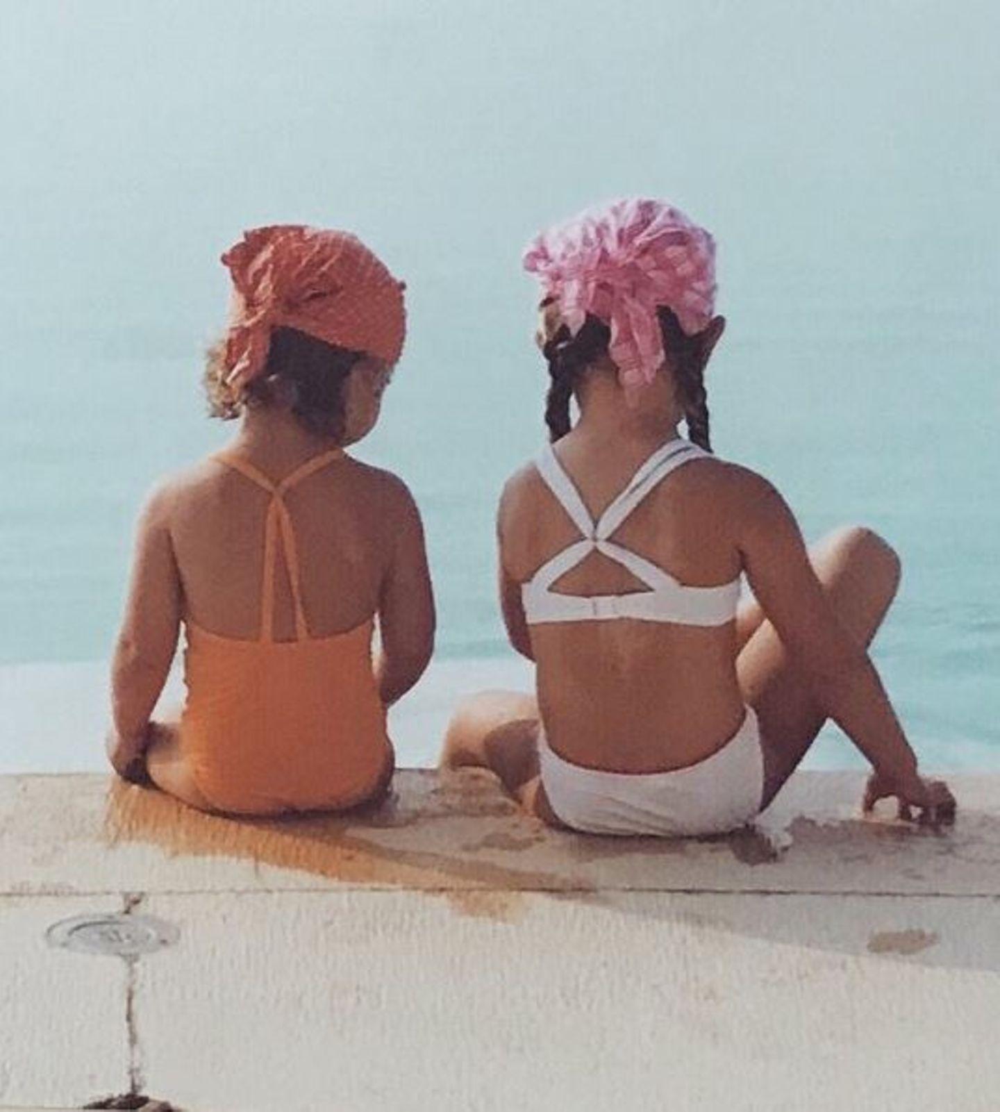 Was für eine süße Erinnerung: Gigi Hadid postet ein altes Foto aus dem Familienalbum mit ihrer Schwester Bella.
