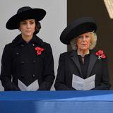 13. November 2016: Volkstrauertag: Herzogin Catherine, Herzogin Camilla und Herzogin Sophie nehmen an der Gedenkzeremonie für Kriegsgefallene in Westminster teil.