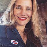 """""""Ich habe heute für ein Land gewählt, in dem ich leben will ... Ein Land, in dem es Gleichstellung, Integration, Akzeptanz und Freiheit gibt, die jeder Amerikaner verdient ... Bitte geht und wählt für das Amerika, in dem ihr leben wollt"""", schreibt Cameron Diaz zu ihrem Selfie."""