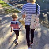Elizabeth Banks ist mit ihrem Sohn auf dem Weg zur Wahl.