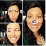Jessica Biel hat schon vor einer Woche ihre Stimme abgegeben und ein lustiges Shooting mit ihrem Sticker gemacht.