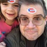 Patton Oswalt, der erst vor Kurzem auf tragische Weise seine Frau verloren hat, muss jetzt für die Zukunft seiner Tochter wählen.
