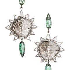 Ein Funkeln wie am Sternenhimmel: Ohrringe von Anna Inspiring Jewellery, Preis auf Anfrage