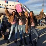 """""""Wir sind bereit!!!!"""", kommentiert Bella Hadid dieses Bild, das vor dem Abflug in New York entstand. """"Los geht's, wunderschöne Ladys!!!!"""""""