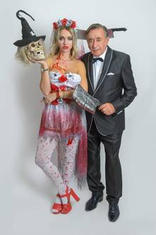 Richard un Cathy Lugner im Halloween-Outfit