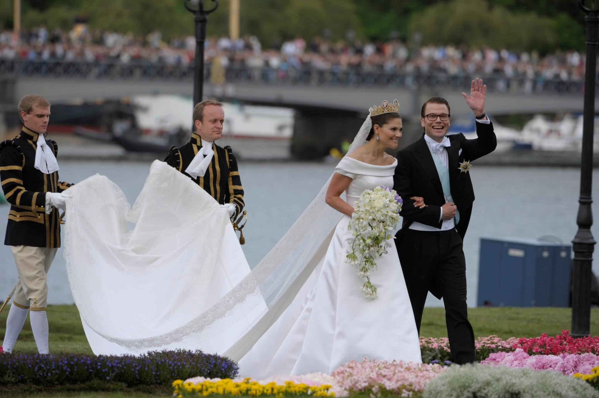 Prinzessin Victoria: Verstecktes Detail in ihrem Brautkleid | GALA.de