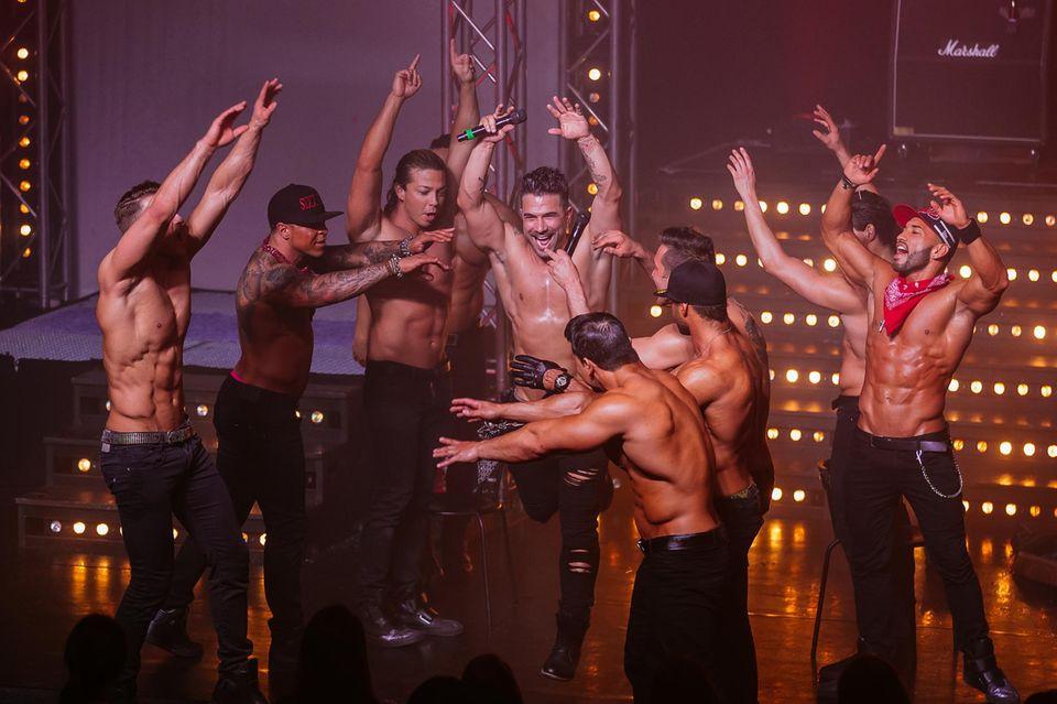 """Auf der Bühne verstand sich Marc Terenzi prächtig mit seinen """"The Sixx Paxx""""-Kollegen. Hinter der Kulissen soll es allerdings gekracht haben."""