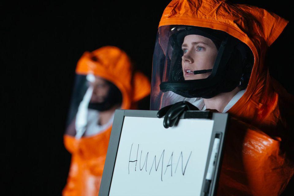 Wer sind wir? Was wollt ihr? Linguistin Louise (Amy Adams) versucht das Gespräch mit den Außerirdischen.