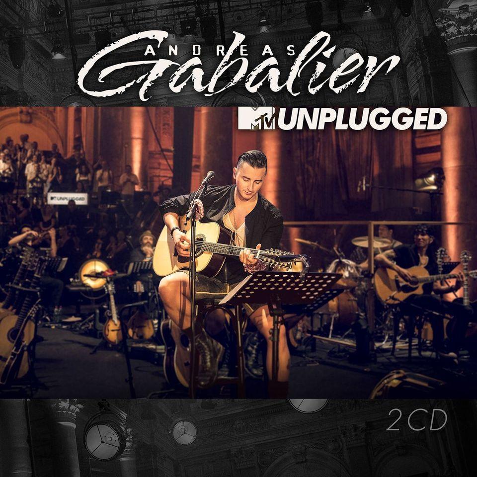 """Große Ehre! Als erster Österreicher wurde Andreas Gabalier zu einem Konzert für die """"MTV Unplugged""""-Reihe eingeladen. Im Wiener """"Odeon""""-Theater spielte er mit einem 50-köpfigen Orchester (am 25. November auf MTV, dann ist auch das Album erhältlich)"""