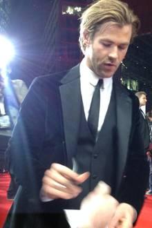 """Chris Hemsworth bei der """"Thor - The Dark Kingdom""""-Premiere in Berlin"""