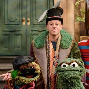"""Macklemore: Auftritt in der """"Sesamstraße"""""""