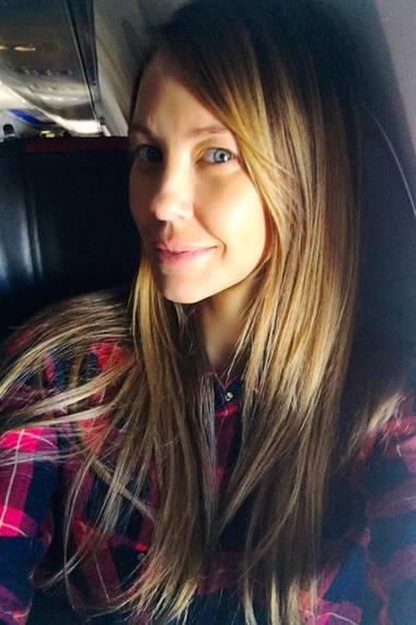 Auf Facebook zeigt sich Alessandra Meyer-Wölden aber wie hier am liebsten von ihrer natürlichen Seiten, nämlich ohne Mascara, Lippenstift und Co.