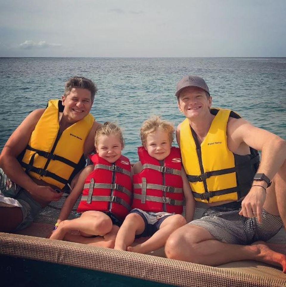 Süß! Neil Patrick Harris und seine Familie verbringen Silvester auf Hawaii.