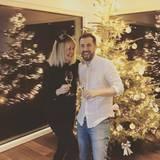 Bei Monica Meier-Ivancan und Ehemann Christian steht auch an Silvester der Weihnachtsbaum noch. So glücklich wie die beiden auf das neue Jahr anstoßen, kann 2017 nur gut werden.