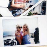 """Auch Model Martha Hunt postet gemeinsame Polaroid-Schnappschüsse: """"Mein Leben wäre nicht dasselbe ohne deine spontanen Tanzpartys und die nächtelangen Gespräche."""""""