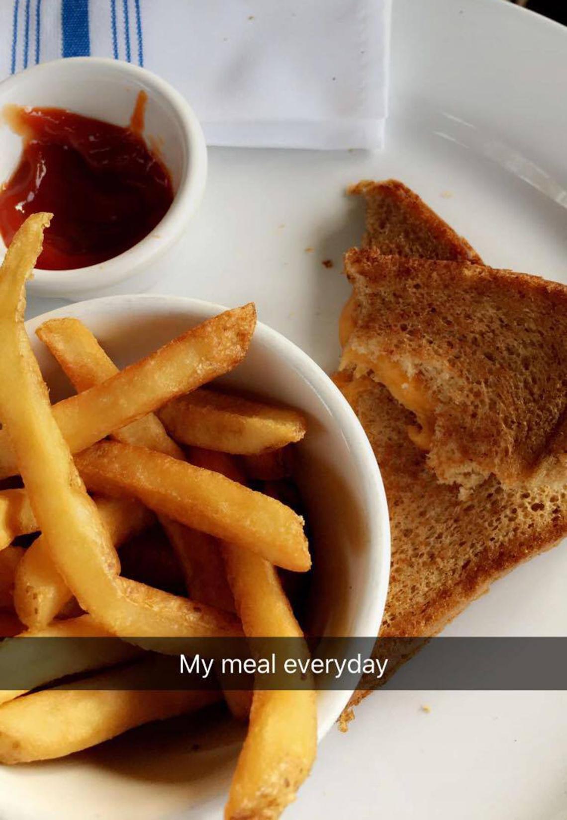 bella hadid lunch