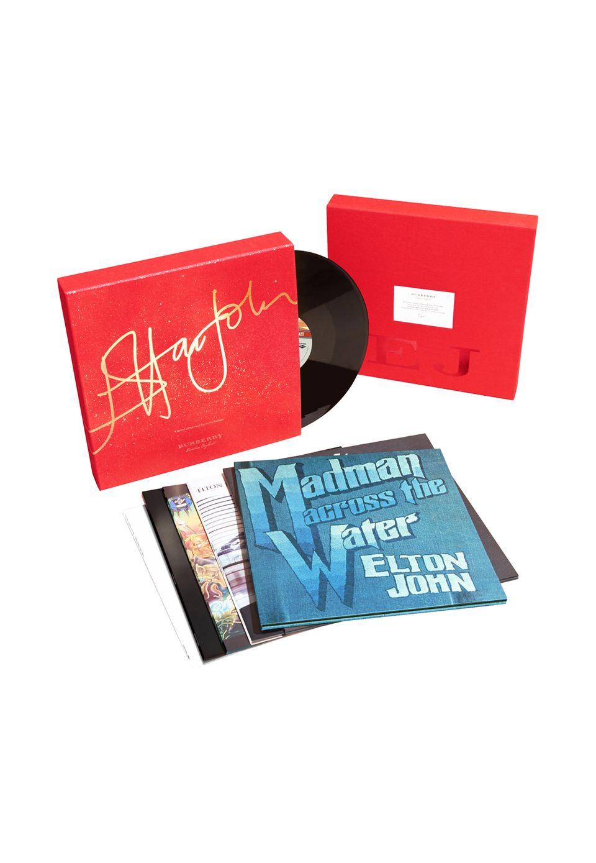 Lass Elton für dich sprechen: Limitierte Vinyl-Box mit Elton-John-Songs von Burberry, ca. 300 Euro