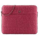 Luxus: Chanel-Tasche, ca. 2.300 Euro