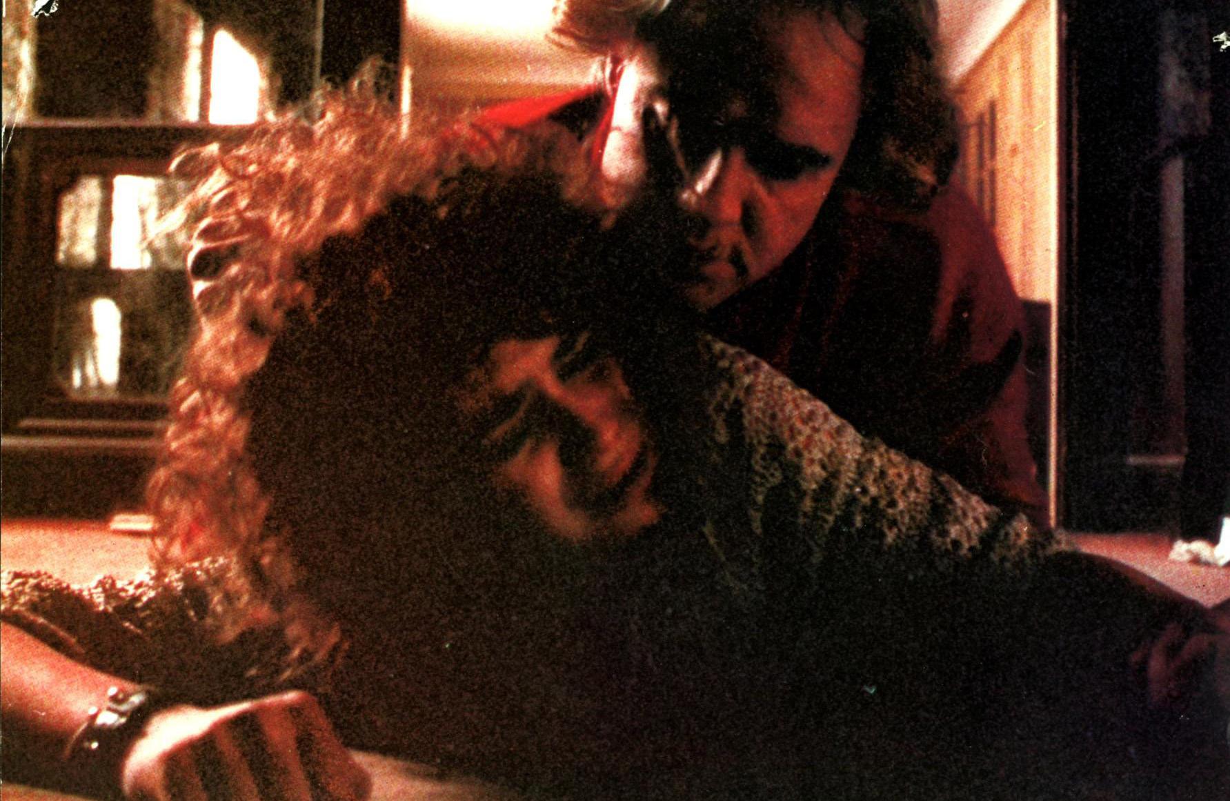"""Maria Schneider und Marlon Brando sind in der Vergewaltigungsszene des Filmes """"Der letzte Tango in Paris"""" von 1972 zu sehen."""