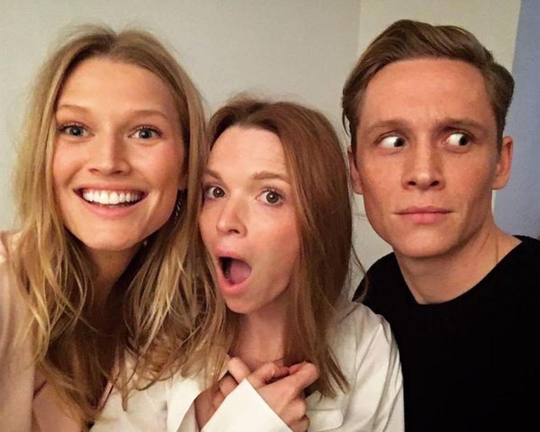 """Supermodel Toni Garrn versucht sich als Schauspielerin: Gemeinsam mit Matthias Schweighöfer und Karoline Herfurth wird sie in der Serie """"You are Wanted"""" zu sehen sein."""
