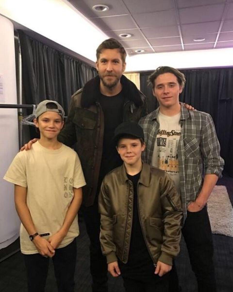 Die drei Beckham-Jungs Brooklyn, Romeo und Cruz treffen ihr Idol: DJ Calvin Harris.