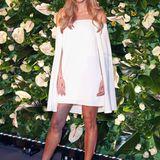 Ganz romantisch in Weiß präsentiert sich Ann-Kathrin Brömmel bei den People Style Awards in München.