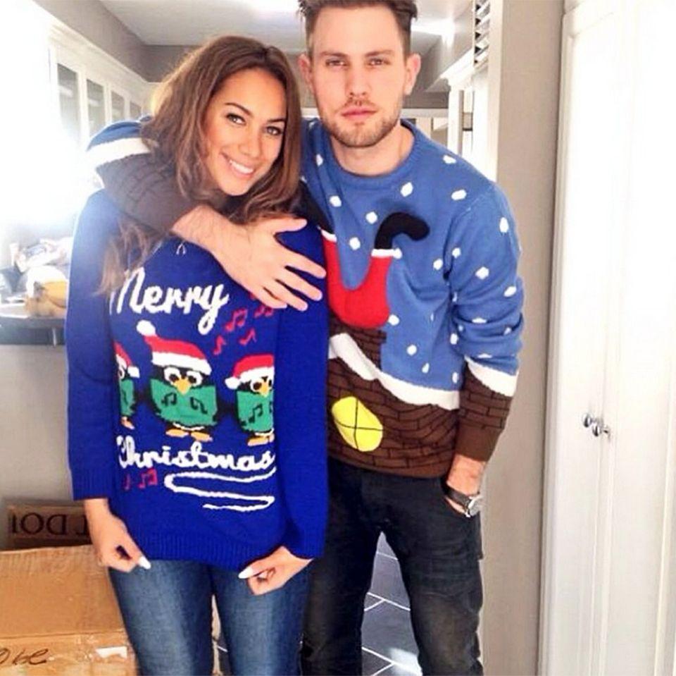 Auch Leona Lewis und ihr Freund Dennis jauch haben ihre Ugly Christmas Sweater wieder aus dem Kleiderschrank hervorgekramt.