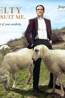 """Hollywoodstar Joaquin Phoenix in der neuen Kampagne von PETA USA: """"Tragt keine Wolle"""""""