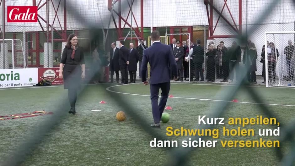 Prinz Daniel: Hier beweist er seine Fußball-Künste