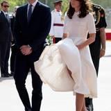 Herzogin Catherine ist die Königin der Marilyn-Momente, auch 2016. Ungewollt zeigt sie oft und viel Bein. Vielleicht würden kleine Gewichte im Rocksaumen solche modischen Malheure verhindern ...